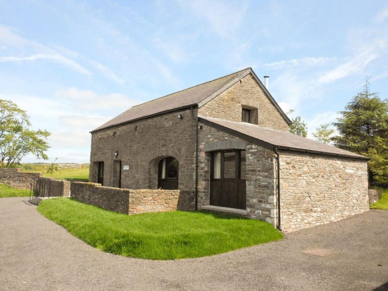 Rhandir Barn – sleeps 5