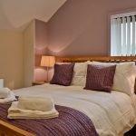 rhandir-barn-bedroom-909627