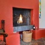 ysgubor-fawr-Dining room-fireplace